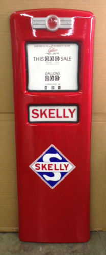 SKELLY  GAS PUMP DOOR DISPLAY